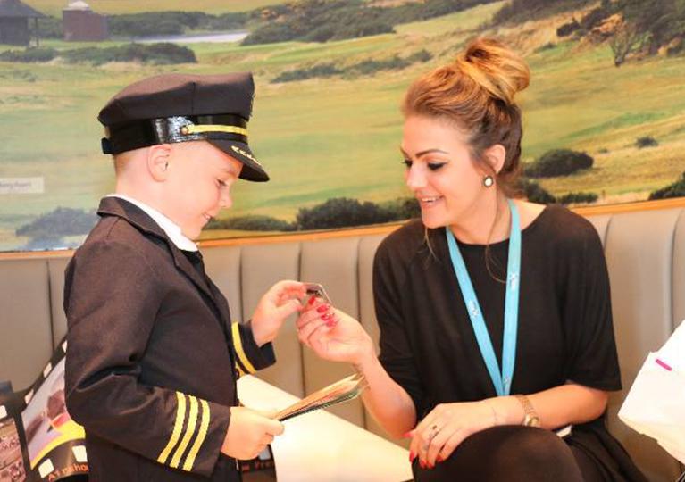 Glasgow Prestwick Airport gifts Max aviation goodies