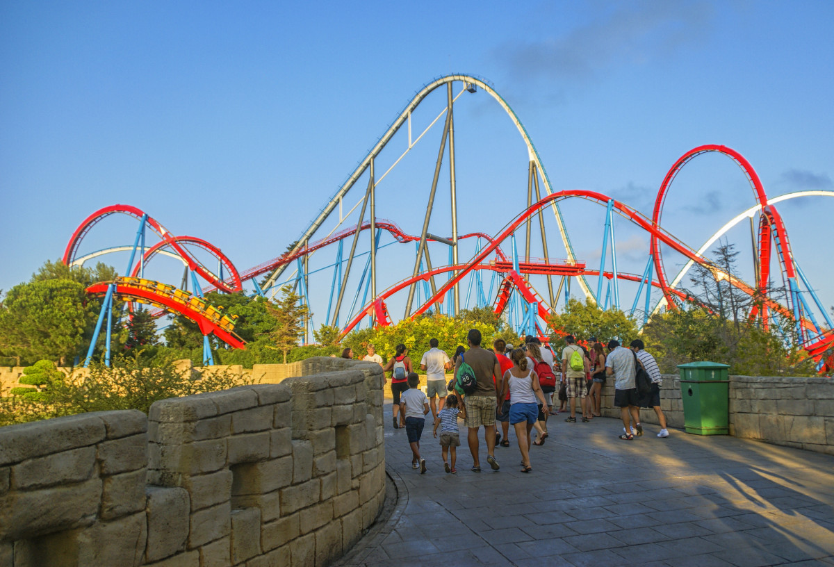Port Aventura - fly to Reus