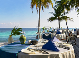 Beach dining setting